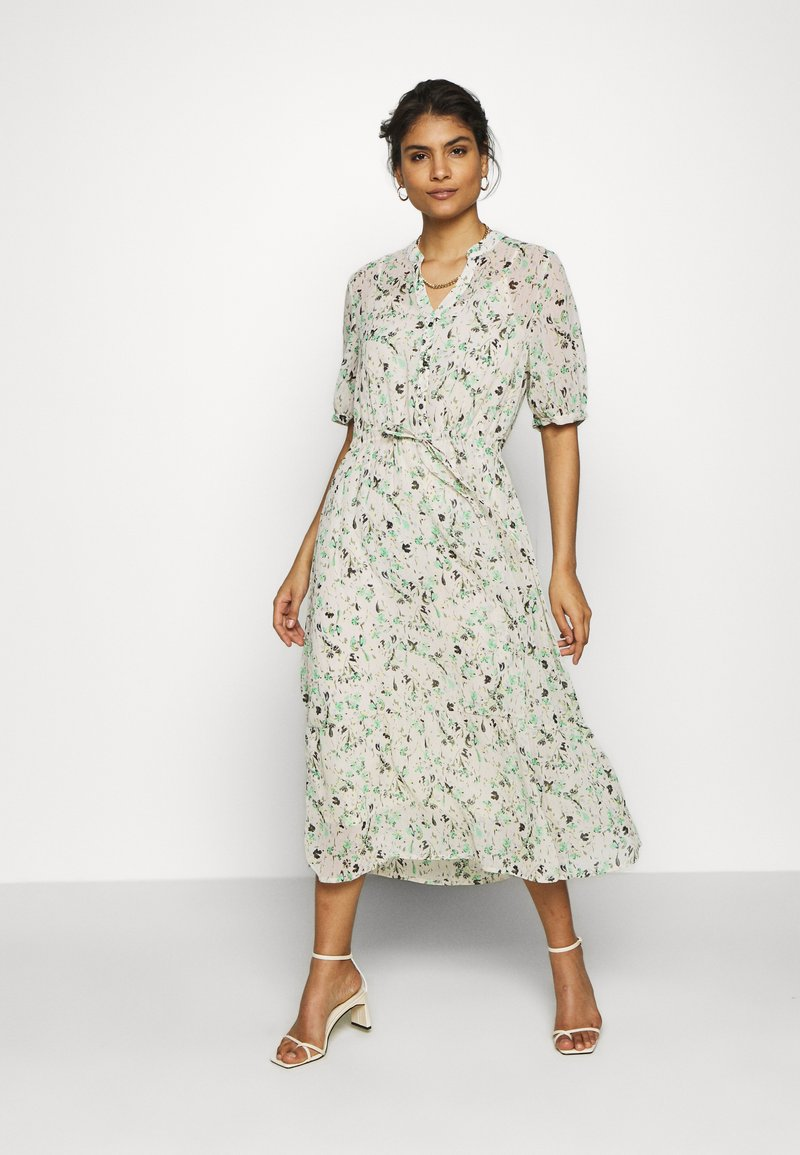 Moss Copenhagen - BLOSSOM ROSALIE DRESS - Kjole - ecru