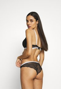 Calvin Klein Underwear - BRAZILIAN - Kalhotky - black - 2