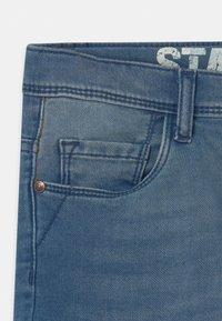 Staccato - BERMUDAS KID - Jeansshort - light blue denim - 3