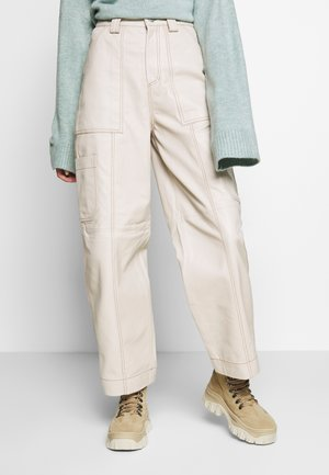 TORI LEATHER UTILITY - Trousers - cream