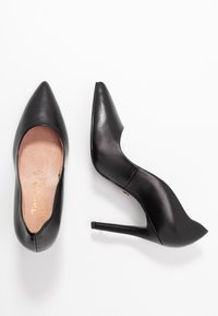 Tamaris Heart & Sole - COURT SHOE - Korolliset avokkaat - black - 3