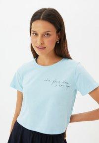 Trendyol - Print T-shirt - blue - 2