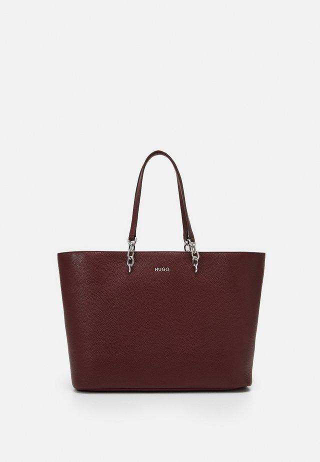 VICTORIA SHOPPER - Shopper - dark red