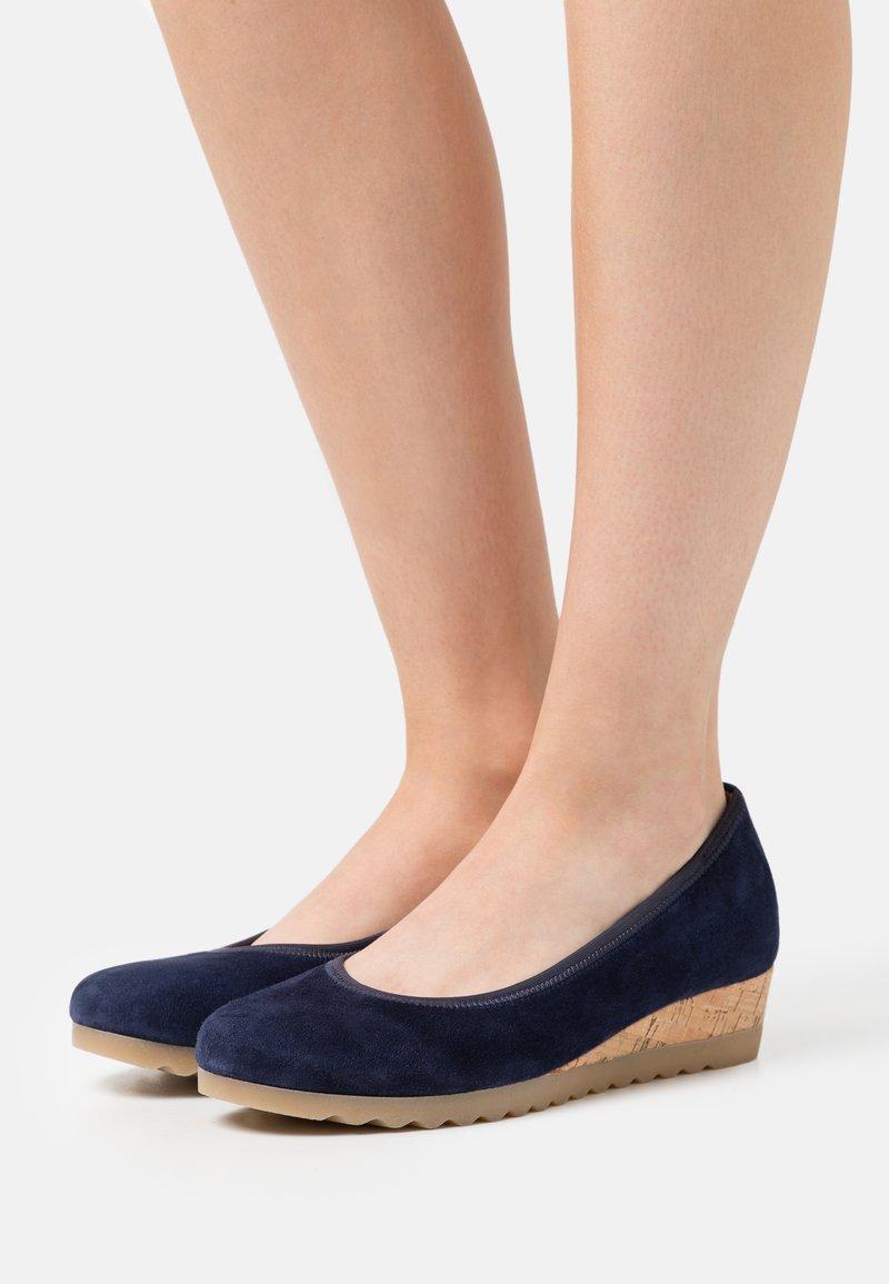 Gabor Comfort - Wedges - bluette