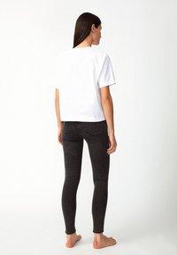 ARMEDANGELS - INGAA X STRETCH - Jeans Skinny Fit - coal mine - 2