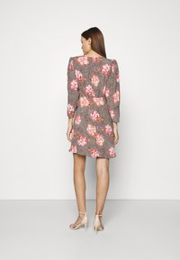 byTiMo - SPRING MINI DRESS - Vapaa-ajan mekko - light pink - 2