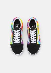 Vans - UY OLD SKOOL - Zapatillas - multicolor/true white - 3