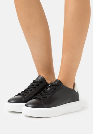CORA - Trainers - black