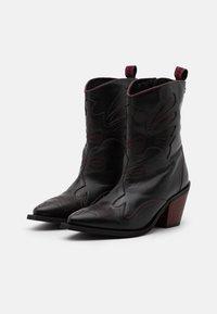 Gioseppo - SERAING - Cowboy/biker ankle boot - black - 2