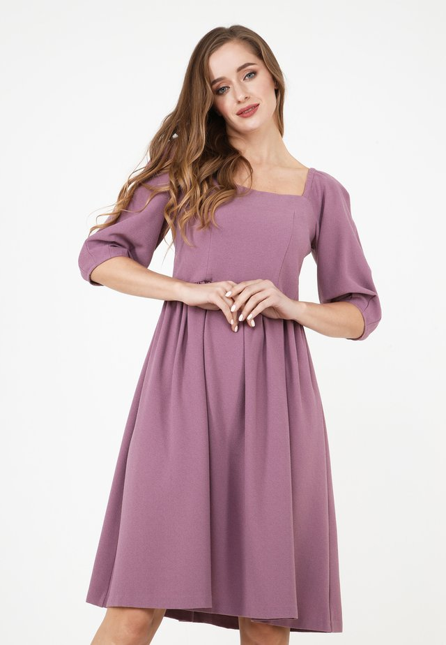 CHANTALE - Day dress - rosa