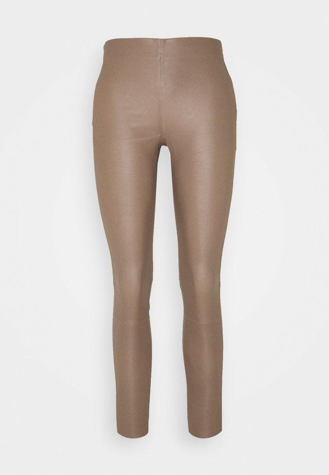 SLFSYLVIA  - Leggings - nude