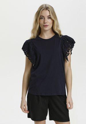 TAGEA - T-shirt print - salute