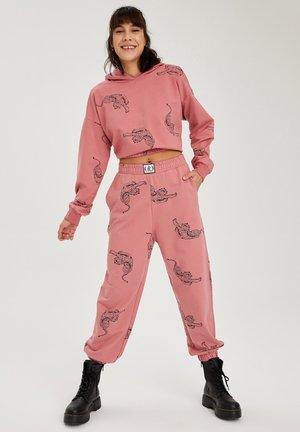 Sweatshirt - pink