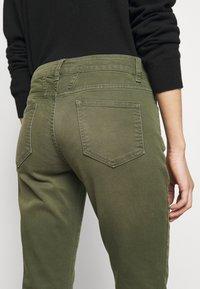 CLOSED - BAKER - Slim fit jeans - lentil - 4