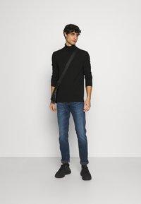 s.Oliver - Stickad tröja - black - 1