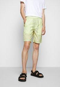 Folk - Shorts - lichen - 0