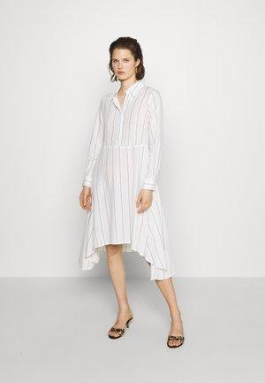 THE ASYM SHIRT DRESS - Shirt dress - white