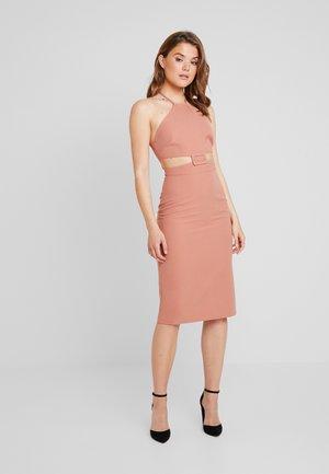 VEGAS - Shift dress - blush