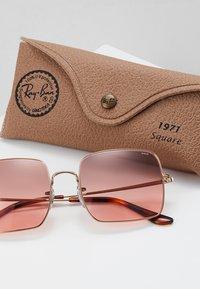 Ray-Ban - SQUARE - Sunglasses - copper - 2