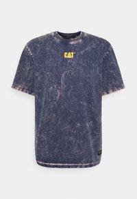 Caterpillar - BLEACHING TEE - T-shirt med print - blue - 0