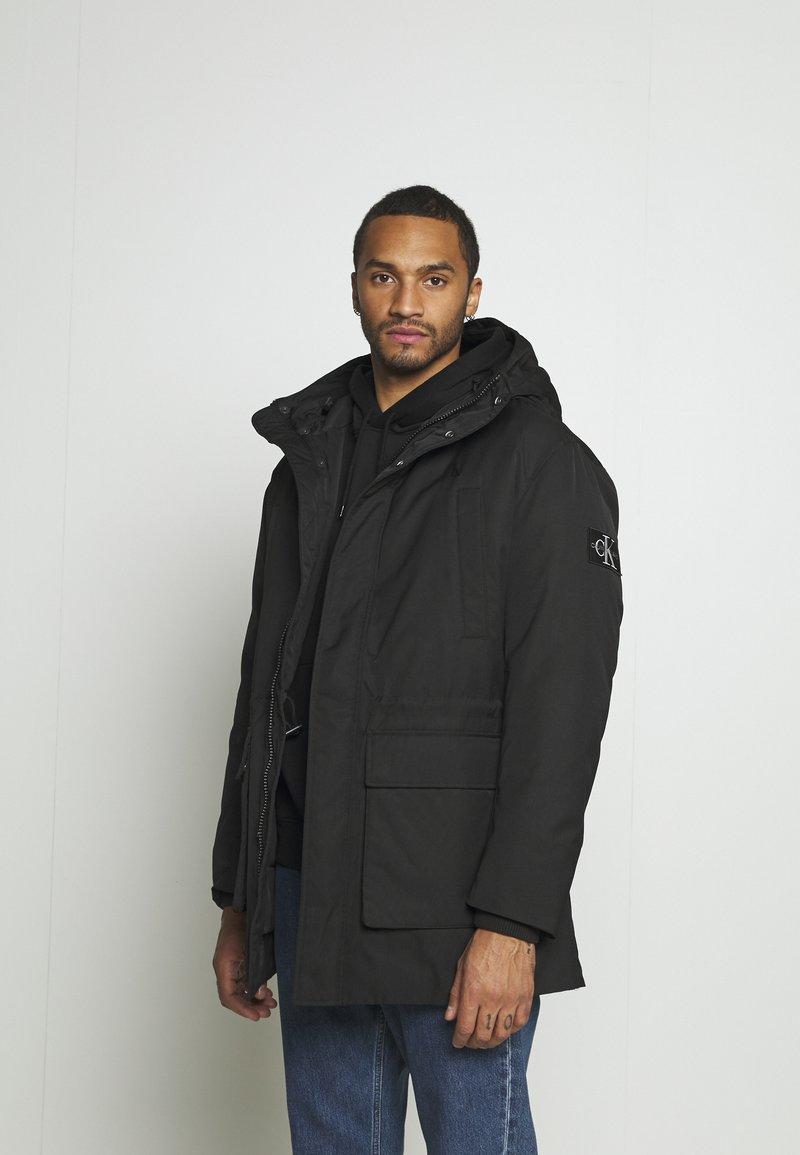 Calvin Klein Jeans - FAKE DOWN TECHNICAL  - Parkatakki - black