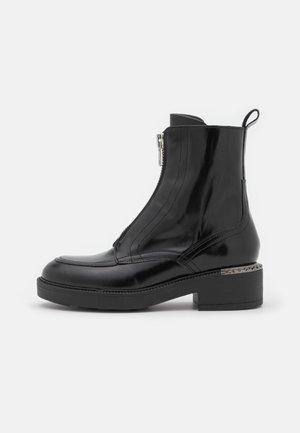 ARIETTE - Platform ankle boots - noir