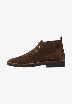 TALAN CHUKKA BOOTS CASUAL - Sznurowane obuwie sportowe - chocolate brown
