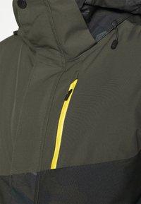 Brunotti - IDAHO MENS SNOWJACKET - Snowboardová bunda - cyber yellow - 4