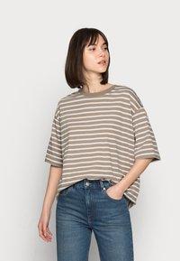 ARKET - Basic T-shirt - mole stripe - 0