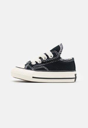 CHUCK 70 VINTAGE UNISEX - Sneakers laag - black/white/egret
