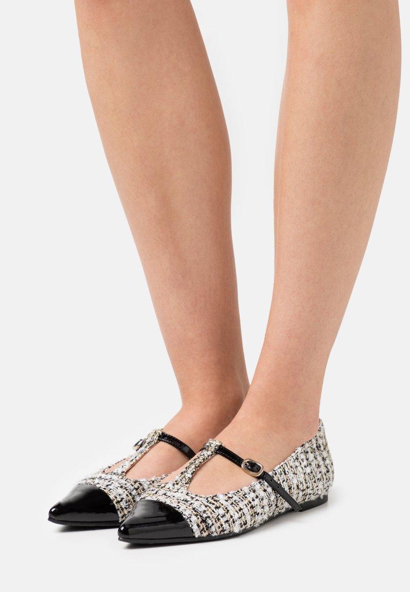 Pretty Ballerinas - SHADE - Ankle strap ballet pumps - anthracite