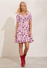Odd Molly - DAHLIA - Day dress - pink whisper - 0