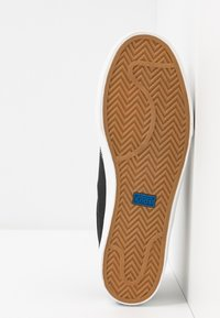 Keds - CREW KICK - Sneakersy niskie - black - 6