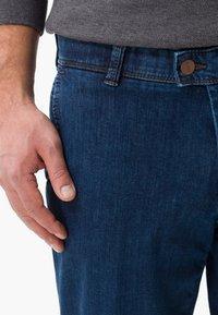 BRAX - STYLE JIM - Straight leg jeans - blue stone - 3