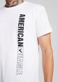 American Eagle - AUGUST VALUE - Print T-shirt - white - 5