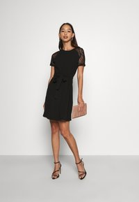 Vero Moda - VMJASMINE LACE TIE SHORT DRESS - Jersey dress - black - 1