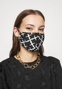 By Malene Birger - SAFRO - Community mask - black - 1