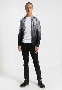 Antony Morato - Basic T-shirt - bianco - 1