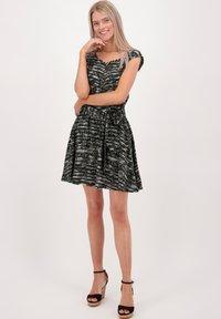 alife & kickin - SCARLETTAK - Jersey dress - steal - 1