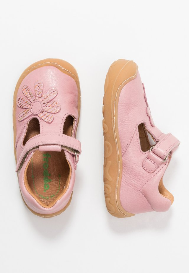 MINNI MEDIUM FIT - Baby shoes - pink