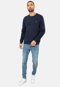 Threadbare - SATSUMA - Sweatshirt - blau - 1