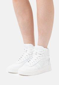 Gola - SLAM  - Sneakers alte - white - 0