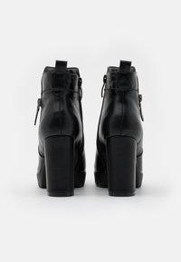 H.I.S - Kotníková obuv na vysokém podpatku - black - 3