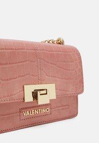 Valentino Bags - ANASTASIA - Across body bag - cipria - 3