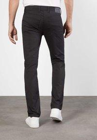 MAC Jeans - ARNE GRAUTÖNE - Slim fit jeans - grey stone - 1