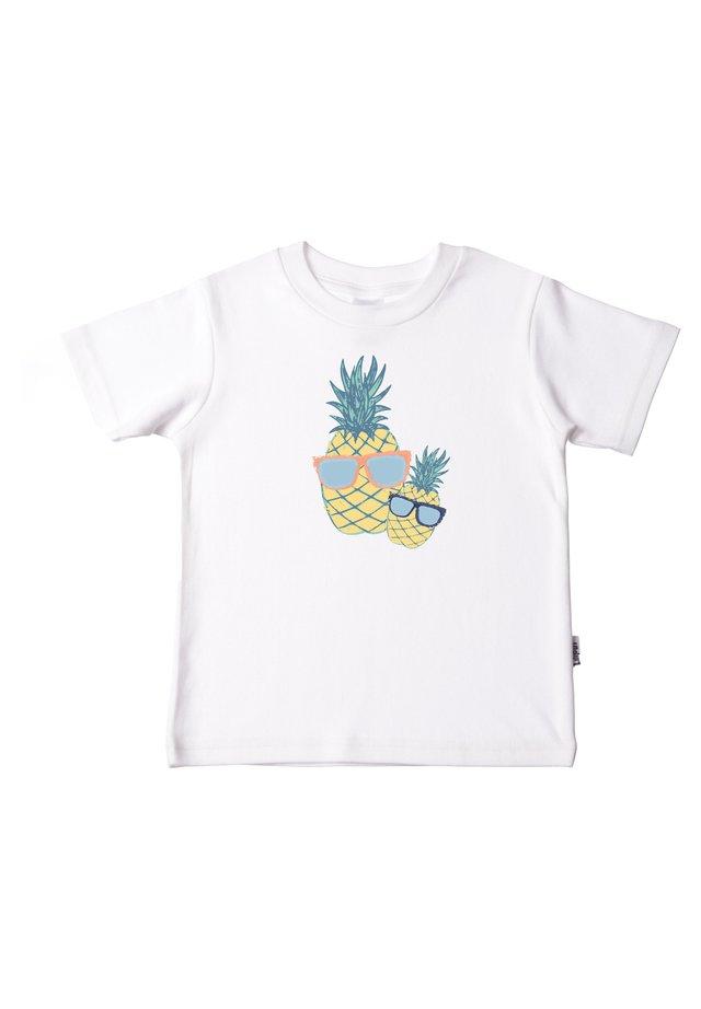 MIT SÜSSEM PRINT - Print T-shirt - weiß