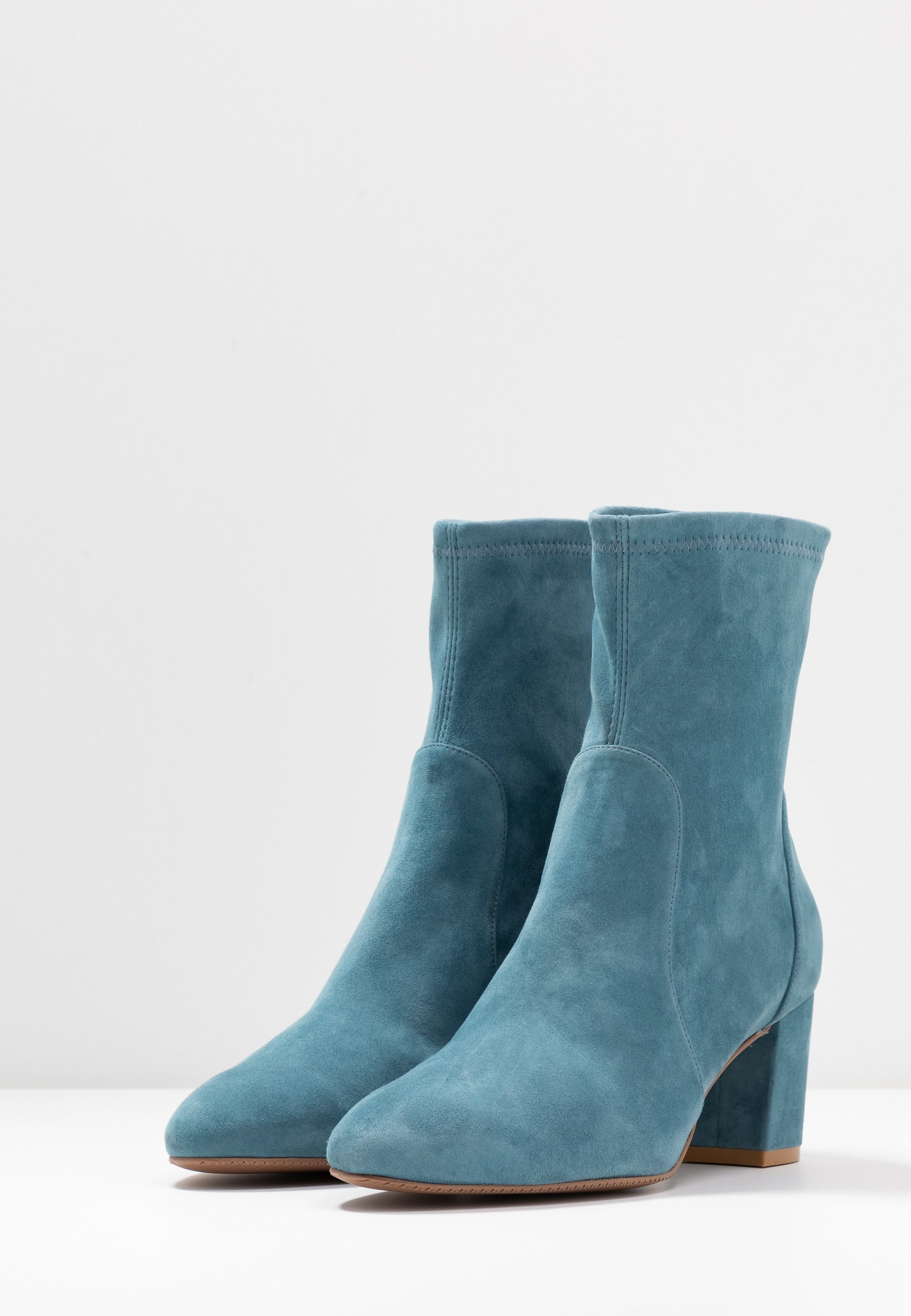Cheapest Cheapest Stuart Weitzman YULIANA - Classic ankle boots - cerulean | women's shoes 2020 EpwPn