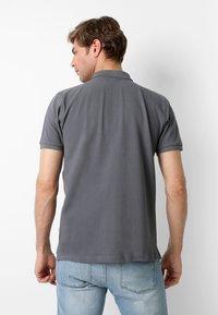 Scalpers - Polo shirt - dark grey - 2