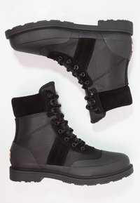 Hunter ORIGINAL - MENS ORIGINAL INSULATED COMMANDO BOOTS - Nauhalliset nilkkurit - black - 1