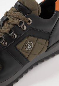 Bogner - SEATTLE - Sneakersy niskie - black/olive - 5